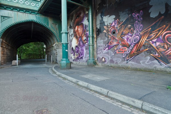 Mural under Kelvin Bridge